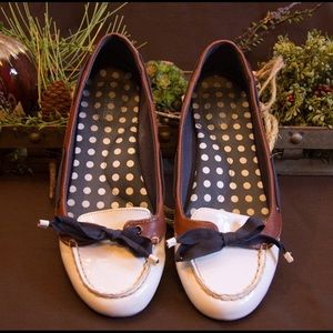 Beautiful, excellent condition Nautical Sperry's